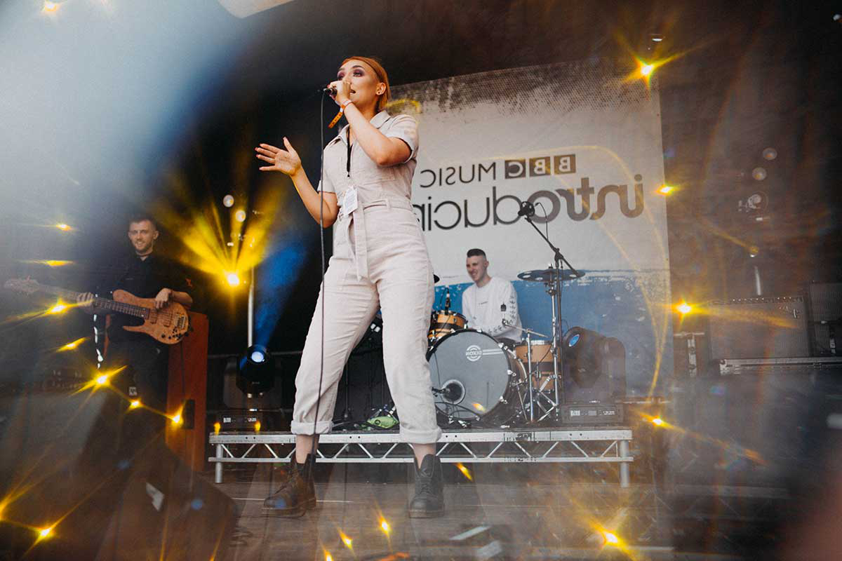 Rei Gyaamie, a local band made up of 澳门金沙城赌场 students, perform on the BBC Introducing stage at Humber Street Sesh 2019